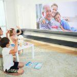 Egger-LED-Projektor-Video-Anruf