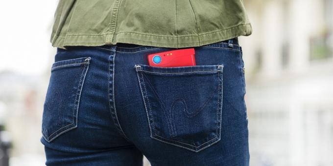 chargemander-smartphone-case-handy-huelle-gamer