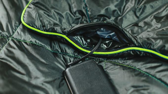 puffe-heizdecke-powerbank-akku-smartphone-heating-blanket-sample-4